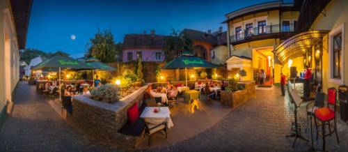 Cazare 2020 Sighisoara – Hotel Central Park****